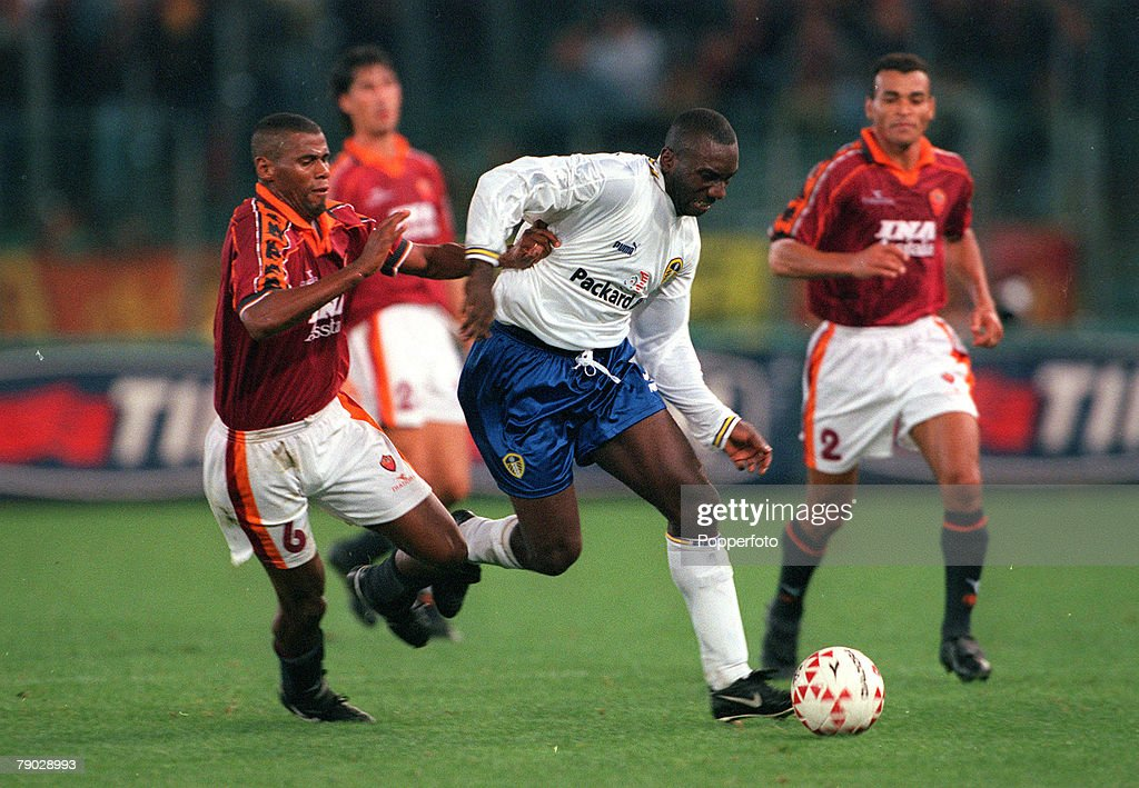 Sport, Football, UEFA Cup Second Round, First Leg, Rome, Italy, 20th October 1998, Roma 1 v Leeds United 0, Leeds United's Jimmy Floyd Hasselbaink is challenged by Roma's Aldair