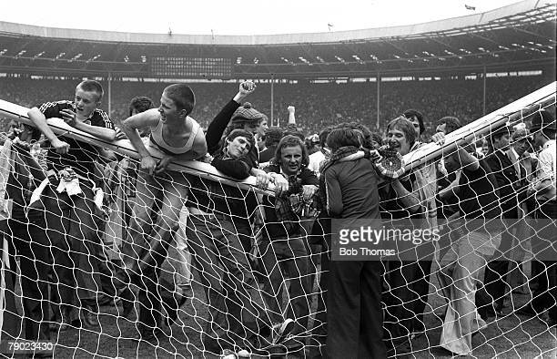 Sport Football Wembley London England 4th June 1977 Home Championship England 1 v Scotland 2 Scottish fans break the crossbar as they stampede onto...