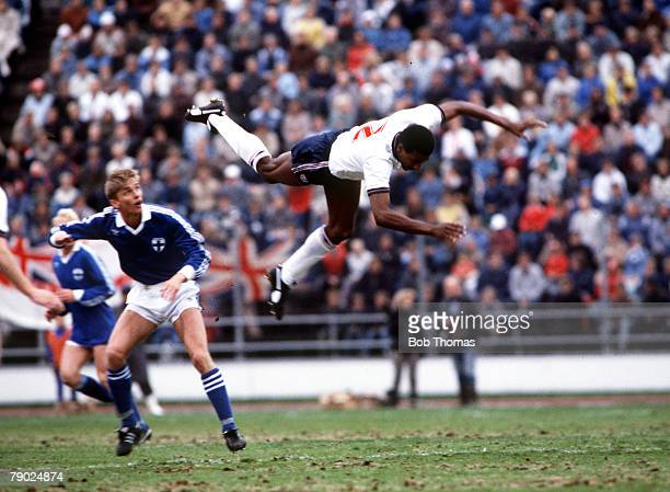 Sport Football World Cup Qualifier Helsinki 22th May 1985 Finland 1 v England 1 England's Viv Anderson in acrobatic action