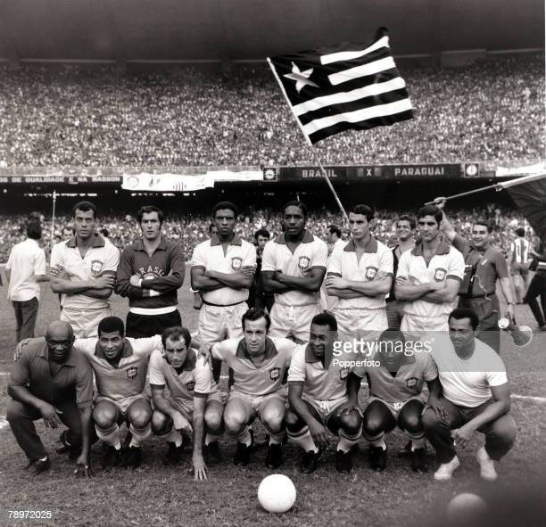 Sport Football World Cup Qualifier Rio de Janeiro 31st August 1969 Brazil 1 v Paraguay 0 The Brazil team group before the game the team was Carlos...