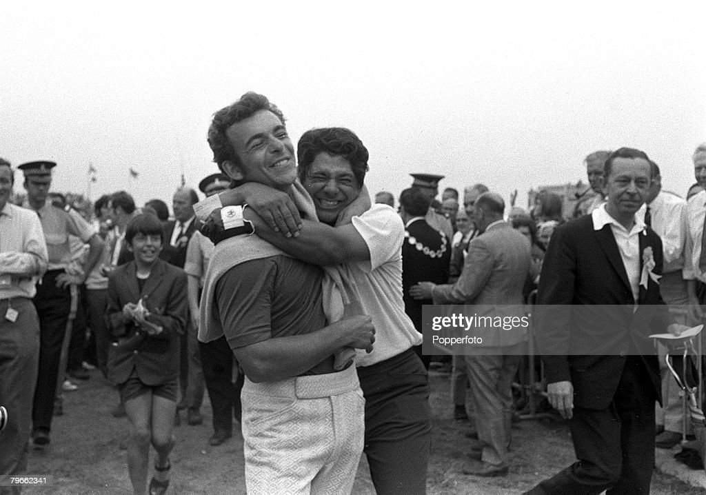 Sport, Golf, Southport, Lancashire, England, 11th July 1971, British Open Championships, Great Britain's Tony Jacklin is hugged by Lee Trevino (right) after the American had won the tournament at Royal Birkdale with a total of 14 under par for the four rounds, Jacklin finished third