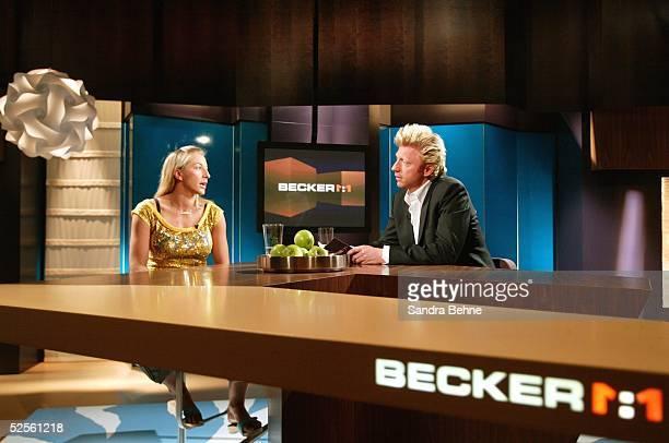 Sport / Medien DSF Sendung Becker 11 Muenchen Anni FRIESINGER zu Gast bei Boris BECKER 270704