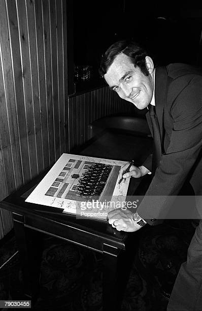 Sport Rugby Union Farewell party for British Lions prior to Tour of New Zealand 9th May 1977 Captain of the British Lions Phil Bennett signs a...
