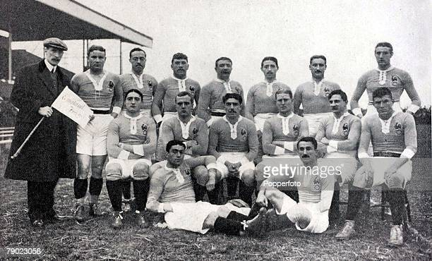 Sport Rugby Union International England 20 v France 0 Twickenham France team Back row lr Legrain Communeau Sebedio Thil Pasquarel Favre Andre Front...