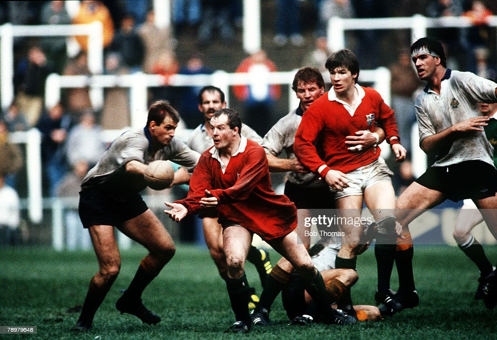 16th April 1986 Cardiff British Lions 7 v The Rest 15 British Lions hooker Colin Deans passes the ball