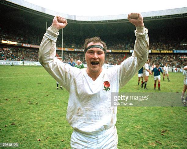 3rd February 1990 5 Nations Championship France 7 v England 26 Brian Moore the England hooker celebrating the victory Brian Moore played in 64...
