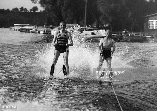 Sport Spare time Two men water skiing photo Presseverlag Fotoaktuell GmbH undated probably 1925 Vintage property of ullstein bild