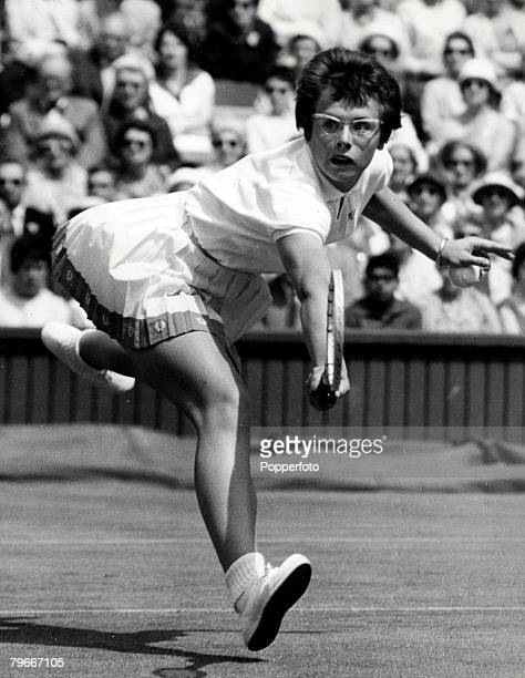 Sport Tennis 26th June1962 Billie Jean King of America beat seeded player Margaret Smith of Australia on the first day of the Women's singles at...