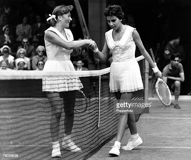 Sport Tennis Wimbledon 1959 Maria Esther Bueno shakes hands with her opponent over the net Bueno became the first South American player to win the...