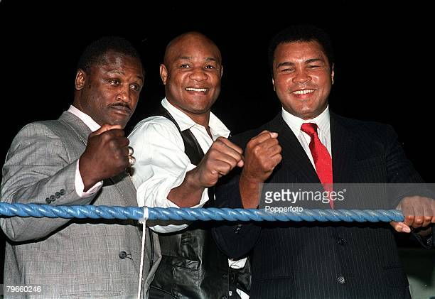 Sport/Boxing London England September 1989 Three former World Heavyweight Champions of the World pictured at a charity boxing evening LR Joe Frazier...