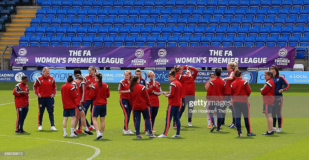 Sporting Albion players inspect the pitch ahead of the WPL Playoff match between Brighton & Hove Albion WFC and Sporting Club Albion LFC at Adams Park on May 29, 2016 in High Wycombe, England.