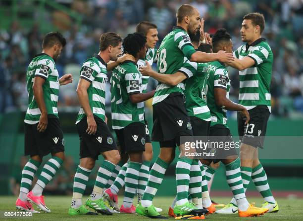 Sporting CPÕs forward Bas Dost from Holland celebrates with teammates after scoring a goal during the Primeira Liga match between Sporting CP and GD...