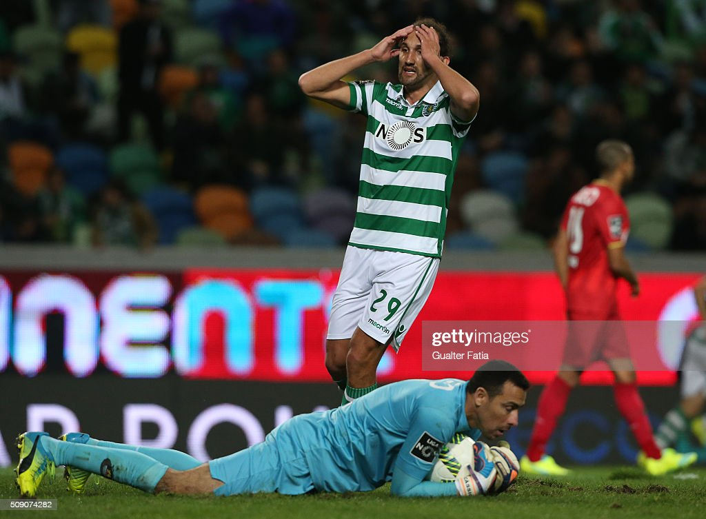 Sporting CP's forward from Argentina <a gi-track='captionPersonalityLinkClicked' href=/galleries/search?phrase=Hernan+Barcos&family=editorial&specificpeople=4755050 ng-click='$event.stopPropagation()'>Hernan Barcos</a> after missing a goal opportunity during the Primeira Liga match between Sporting CP and Rio Ave FC at Estadio Jose Alvalade on February 8, 2016 in Lisbon, Portugal.