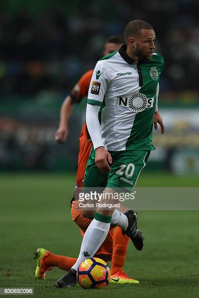Sporting CP's forward Luc Castaignos from Holand during the Sporting CP v Varzim SC Portuguese League Cup match at Estadio Jose Alvalade on December...