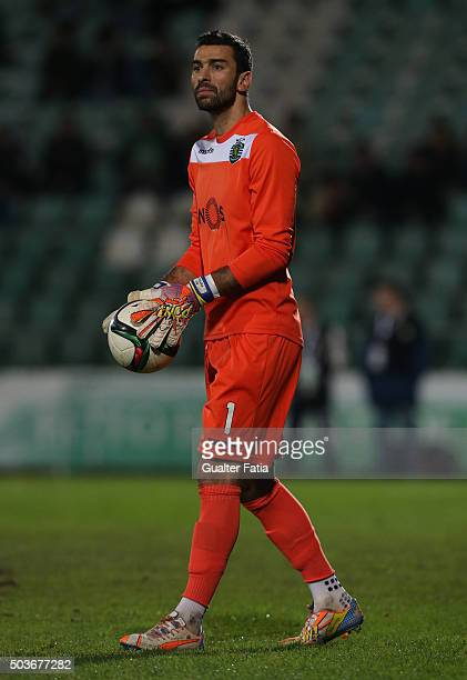 Sporting CPÕs goalkeeper Rui Patricio in action during the Primeira Liga match between Vitoria Setubal and Sporting CP at Estadio do Bonfim on...