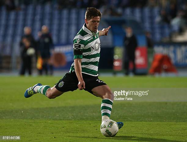 Sporting CP's midfielder Adrien Silva in action during the Primeira Liga match between Os Belenenses and Sporting CP at Estadio do Restelo on April 4...