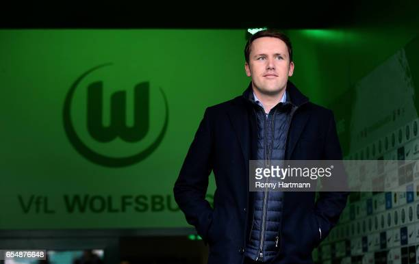 Sporting director Olaf Rebbe of Wolfsburg enters the pitch prior to the Bundesliga match between VfL Wolfsburg and SV Darmstadt 98 at Volkswagen...