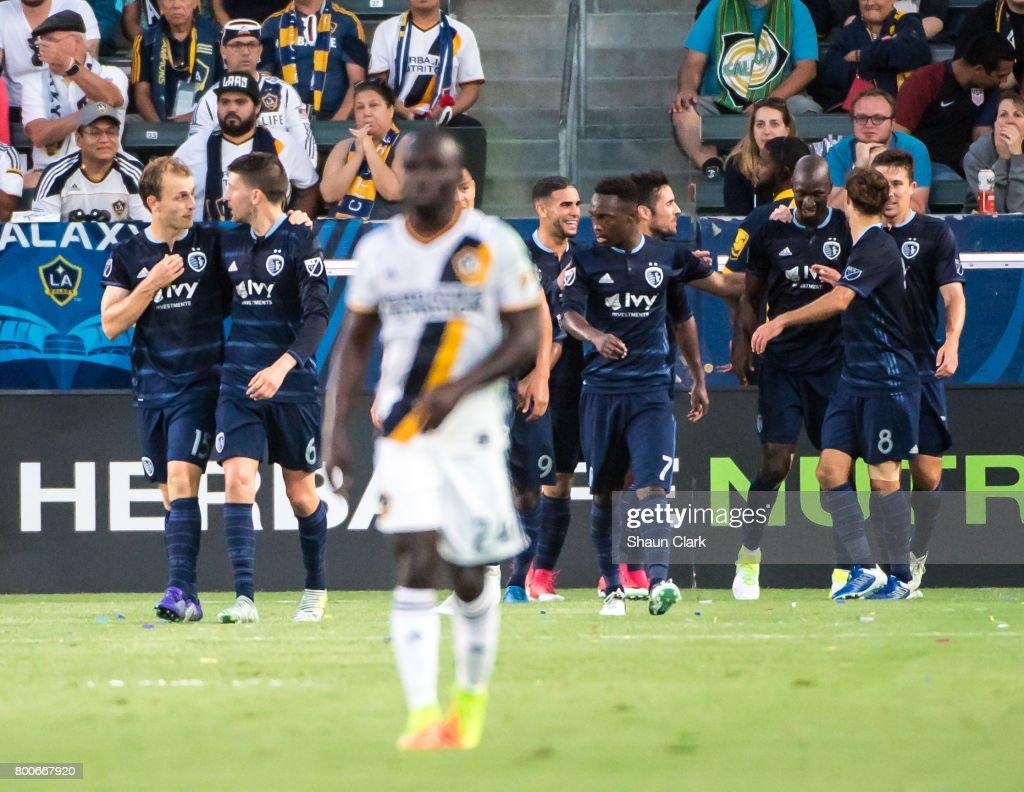Sporting Kansas City   v Los Angeles Galaxy