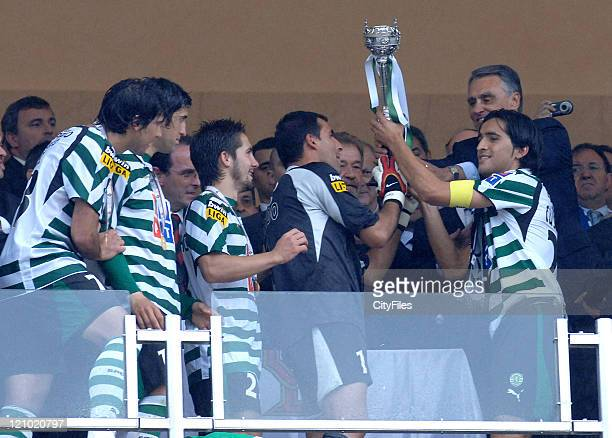 Sporting Team with cup after the Portuguese Cup Final match between Belenenses and Sporting Lisbon held in Lisbon Portugal on May 27 2007