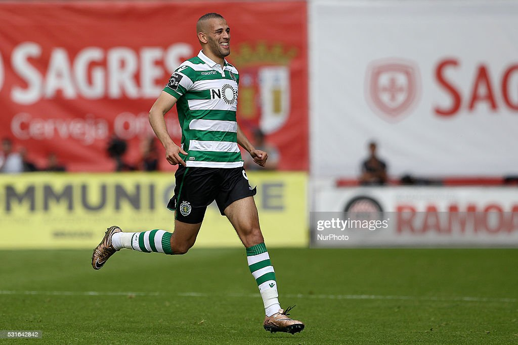 Sporting's Algerian forward <a gi-track='captionPersonalityLinkClicked' href=/galleries/search?phrase=Islam+Slimani&family=editorial&specificpeople=9704639 ng-click='$event.stopPropagation()'>Islam Slimani</a> celebrates after scoring a goal during the Premier League 2015/16 match between SC Braga and Sporting CP, at AXA Stadium in Braga on May 15, 2016.