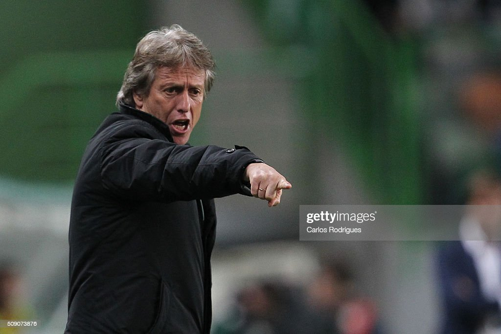 Sporting's coach <a gi-track='captionPersonalityLinkClicked' href=/galleries/search?phrase=Jorge+Jesus&family=editorial&specificpeople=686973 ng-click='$event.stopPropagation()'>Jorge Jesus</a> during the match between Sporting CP and Rio Ave FC for the Portuguese Primeira Liga at Jose Alvalade Stadium on February 08, 2016 in Lisbon, Portugal.