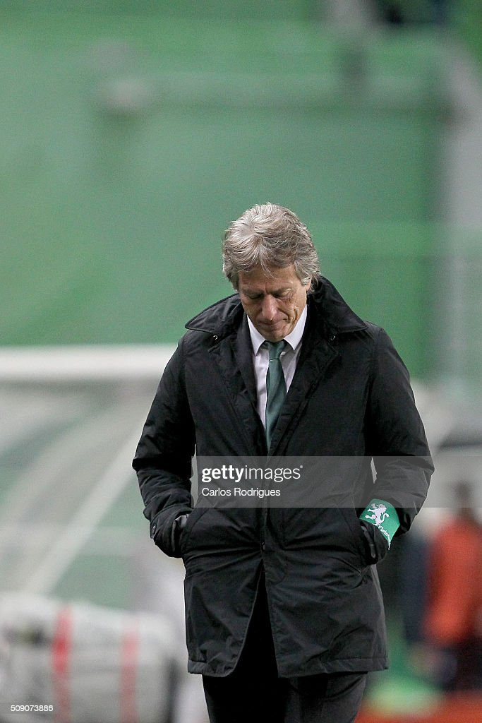 Sporting's coach Jorge Jesus reacts to the draw result at the end of the match between Sporting CP and Rio Ave FC for the Portuguese Primeira Liga at Jose Alvalade Stadium on February 08, 2016 in Lisbon, Portugal.