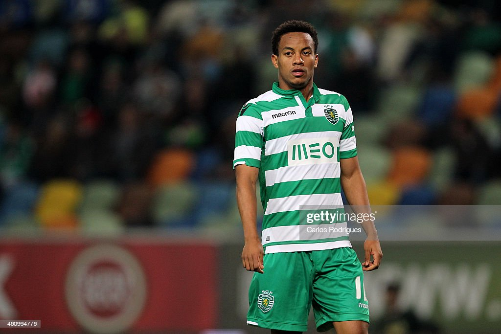 Sporting's forward Andre Carrillo during Portuguese League match between Sporting CP and Estoril Praia SAD at Estadio Jose Alvalade on January 3, 2015 in Lisbon, Portugal.