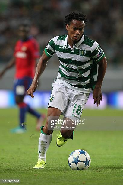 Sporting's forward Andre Carrillo during the match between Sporting CP and CSKA Moscow for UEFA Champions League Qualifying Round Play Off First Leg...