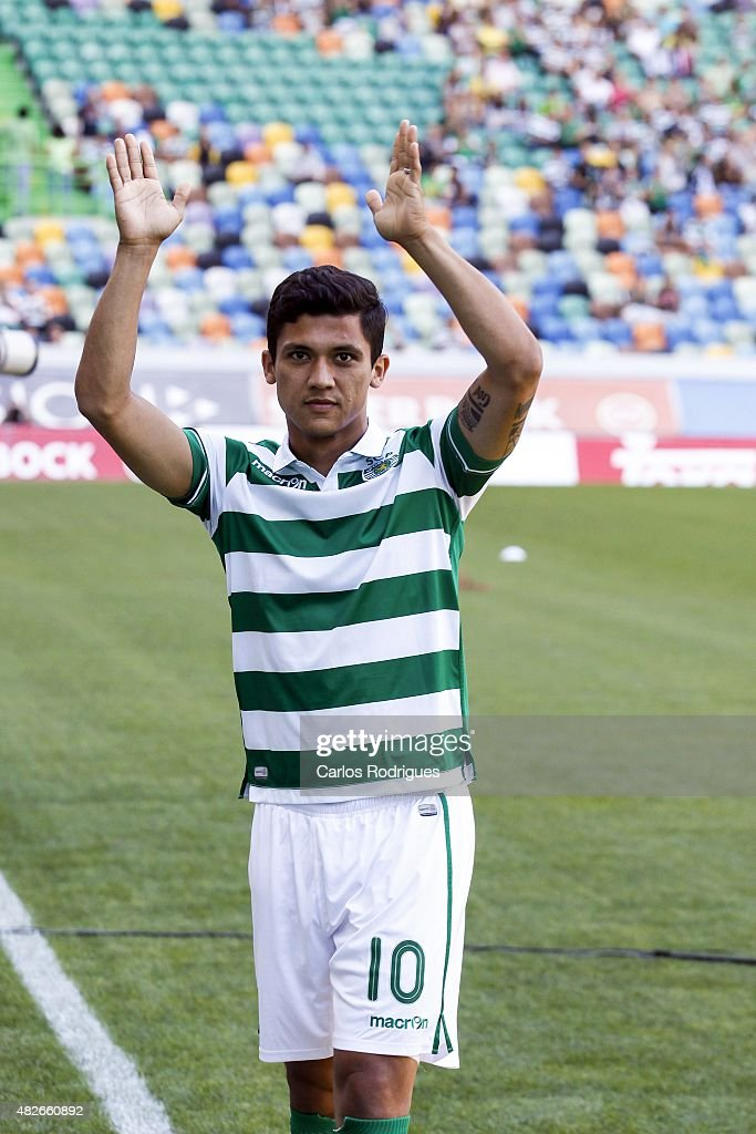 Sporting's forward <a gi-track='captionPersonalityLinkClicked' href=/galleries/search?phrase=Fredy+Montero&family=editorial&specificpeople=5563695 ng-click='$event.stopPropagation()'>Fredy Montero</a> during the pre-season friendly between Sporting CP and AS Roma at Estadio Jose Alvalade on August 1, 2015 in Lisbon, Portugal.