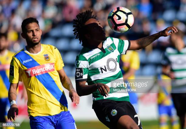Sporting's forward Gelson Martins vies with Arouca's Brazilian defender Vitor Costa during the Portuguese league football match Arouca FC vs Sporting...