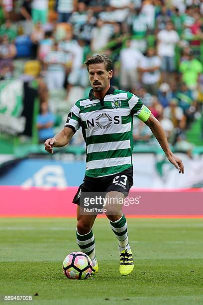 Sporting's midfielder Adrien Silva from Portugal in action during the Premier League 2016/17 match between Sporting CP vs Maritimo at Estádio Jose...