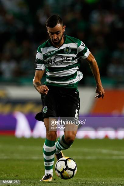 Sporting's midfielder Bruno Fernandes in action during Primeira Liga 2017/18 match between Sporting CP vs FC Porto in Lisbon on October 01 2017