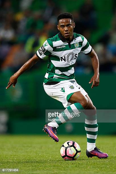 Sporting's midfielder Elias in action during Premier League 2016/17 match between Sporting CP vs CD Tondela in Lisbon on October 22 2016
