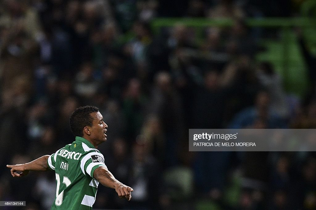 Sporting's midfielder Luis Carlos da Cunha 'Nani' celebrates after scoring during the Portuguese league football match Sporting CP vs Gil Vicente FC at the Alvalade stadium in Lisbon, on February 22, 2015. AFP PHOTO / PATRICIA DE MELO MOREIRA