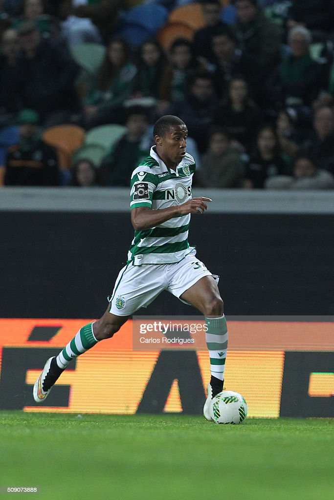 Sporting's midfielder Marvin Zeegelaar during the match between Sporting CP and Rio Ave FC for the Portuguese Primeira Liga at Jose Alvalade Stadium on February 08, 2016 in Lisbon, Portugal.