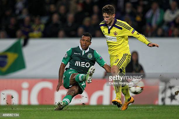 LISBON PORTUGAL NOVEMBER Sporting's midfielder Nani during the UEFA Champions League match between Sporting Clube de Portugal and NK Maribor on...
