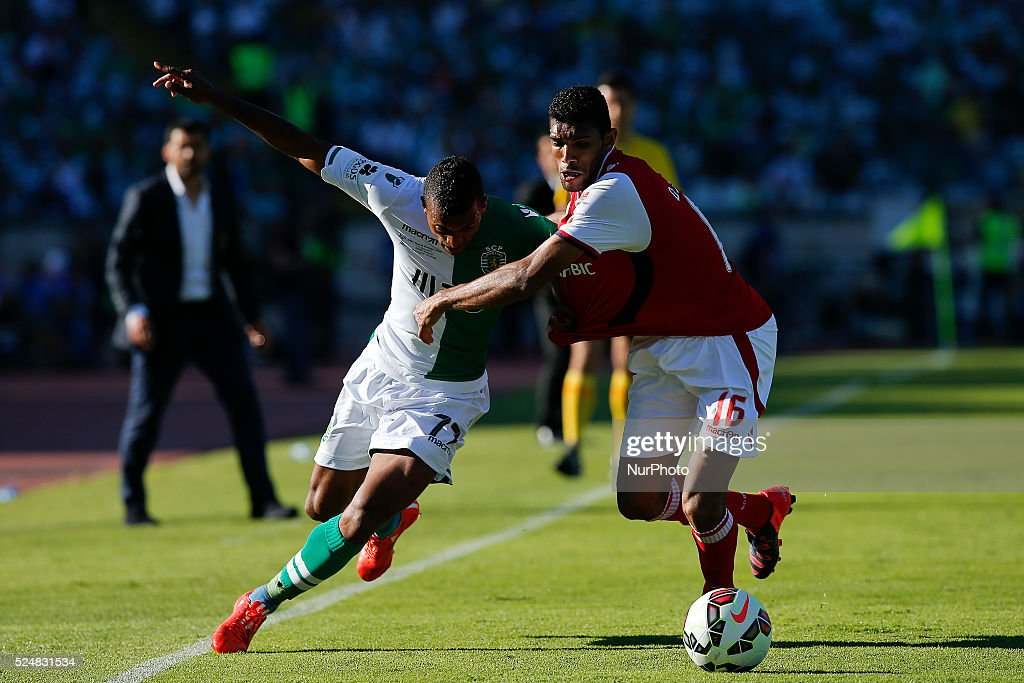 Sporting's midfielder Nani vies for the ball with Braga's defender Baiano during the Portuguese Cup football match between Sporting CP and SC Braga...
