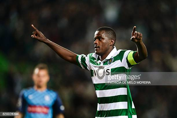Sporting's midfielder William Carvalho celebrates after scoring during the Portuguese league football match Sporting CP vs CS Maritimo at the Jose...