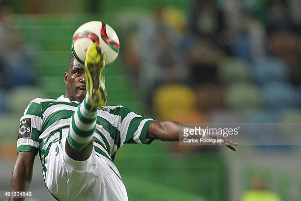 Sporting's midfielder William Carvalho during the match between Sporting CP and Vitoria Guimaraes at Jose Alvalade Stadium on October 04 2015 in...