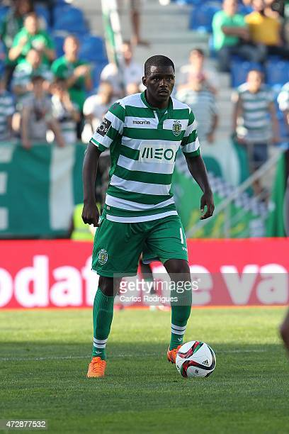 Sporting's midfielder William Carvalho during the Prmeira Liga match between Estoril and Sporting CP at Estadio Antonio Coimbra da Mota on May 10...