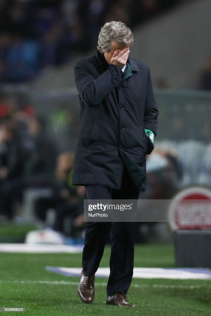 Sporting's Portuguese coach Jorge Jesus reacts after lose the game during the Premier League 2016/17 match between FC Porto and Sporting CP, at Dragao Stadium in Porto on February 7, 2017.