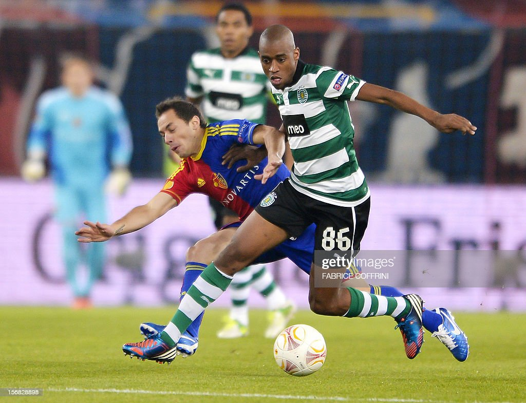 Sporting's Swiss midfielder Gelson Fernandes (R) vies for the ball with FC Basel's Chilean midfielder Marcelo Diaz during the Europa League UEFA Group G football match between FC Basel and Sporting Clube de Portugal on November 22, 2012, in Basel.