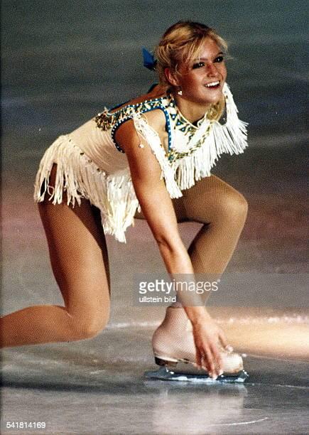 Sportlerin Eiskunstlauf USAin Aktion auf dem Eis März 1996