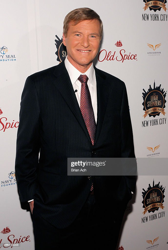Sports agent <a gi-track='captionPersonalityLinkClicked' href=/galleries/search?phrase=Leigh+Steinberg&family=editorial&specificpeople=221448 ng-click='$event.stopPropagation()'>Leigh Steinberg</a> attends the 2014 <a gi-track='captionPersonalityLinkClicked' href=/galleries/search?phrase=Leigh+Steinberg&family=editorial&specificpeople=221448 ng-click='$event.stopPropagation()'>Leigh Steinberg</a> Super Bowl Party at 230 Fifth Avenue on February 1, 2014 in New York City.