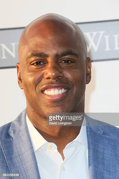 Sports Anchor Kevin Frazier arrives at the Los Angeles Dodgers Foundation Blue Diamond Gala at the Dodger Stadium on July 28 2016 in Los Angeles...