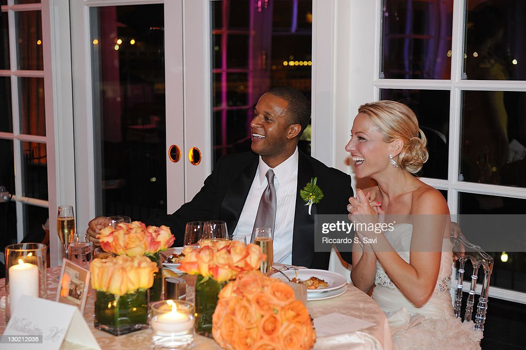 Lindsay Czarniak And Craig Melvin Wedding | Getty Images