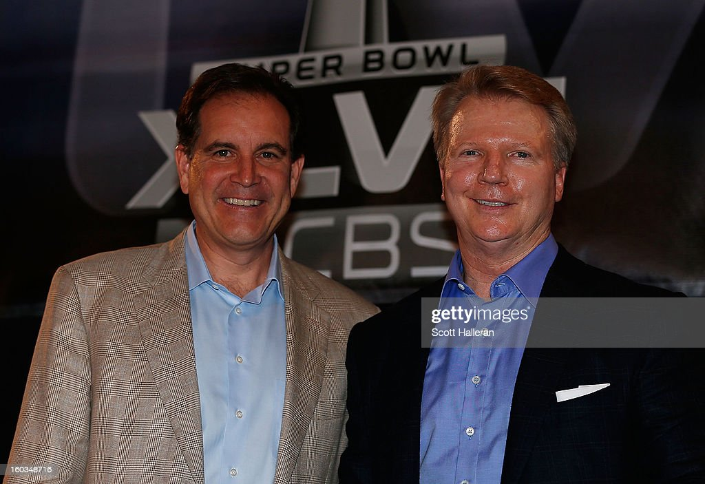 Sports announcers Jim Nantz (L) and Phil Simms pose on stage at a CBS Super Bowl XLVII Broadcasters Press Conference at the New Orleans Convention Center on January 29, 2013 in New Orleans, Louisiana.