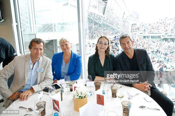 Sports director of the 'Racing Club de Toulon Rugby' Fabien Galthie politician Catherine MorinDesailly President of France Television Delphine...