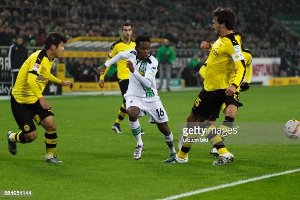 sports football Bundesliga 2015/2016 Borussia Moenchengladbach versus Borussia Dortmund 13 Stadium Borussia Park scene of the match fltr JooHo Park...