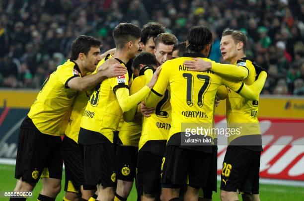sports football Bundesliga 2015/2016 Borussia Moenchengladbach versus Borussia Dortmund 13 Stadium Borussia Park rejoicing at the 02 by Henrikh...
